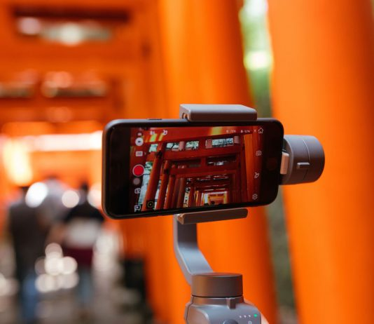 Best Gimbal Handheld Stabilizer for iPhone 11